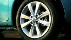 2014-Nissan-Versa-Note-Review